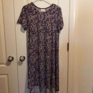 Gorgeous LuLaRoe Carly- Ladies Small